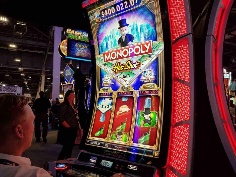 Monopoly Hot Shot Slots