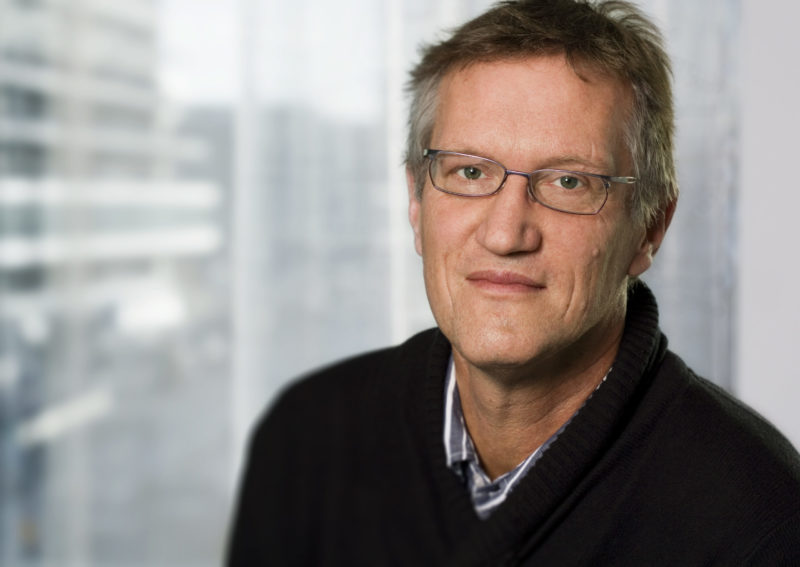 Tegnell går emot WHO:s uppmaningar – Sveriges agerande kritiseras